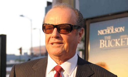 Jack Nicholson v Aeru
