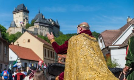Královský průvod z Radotína na Karlštejn 2017