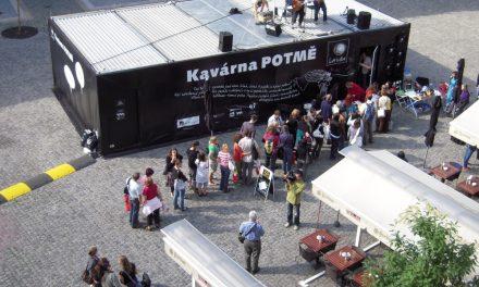 Světluška Kavárna POTMĚ v Praze