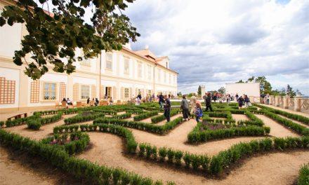 Narozeniny zámeckých labyrintů na zámku Loučeň