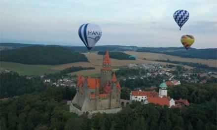 Balóny nad hradem Bouzov 2017