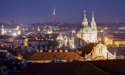 Noční Pražské věže 2017
