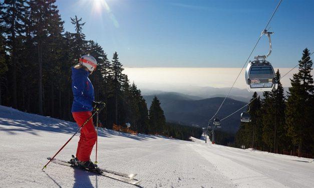 Zahájení lyžařské sezóny na Černé hoře v Janských Lázních
