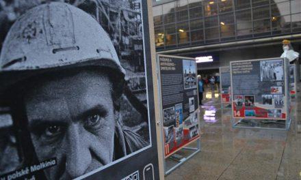 Komunismus a jeho epocha – venkovní výstava na náměstí Václava Havla v Praze