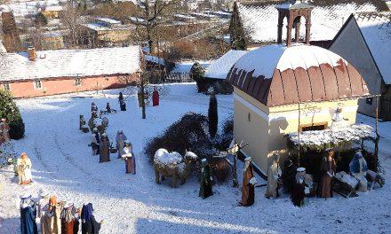 Nejpočetnější betlém ze sena v životní velikosti v Čenkově