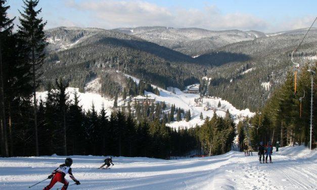 Akce Lyžuj a plav ve Ski areálu Razula