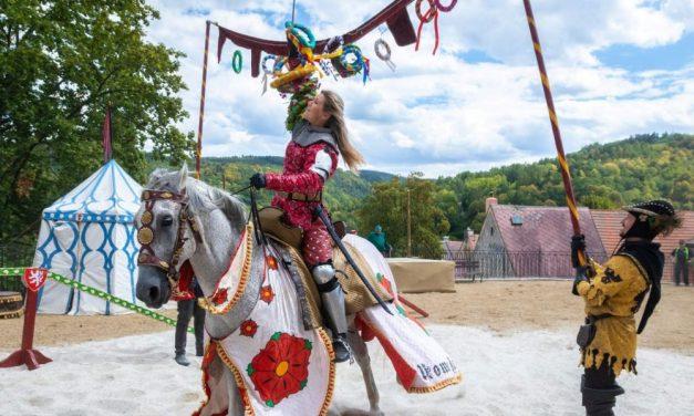 Středověké slavnosti Purkrabího Půty 2020 na hradě Loket