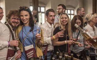 Praha pije víno 2020
