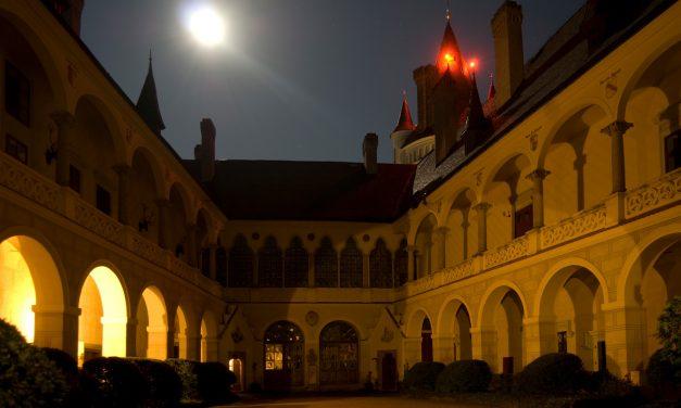 Večer otevřených bran na zámku Žleby
